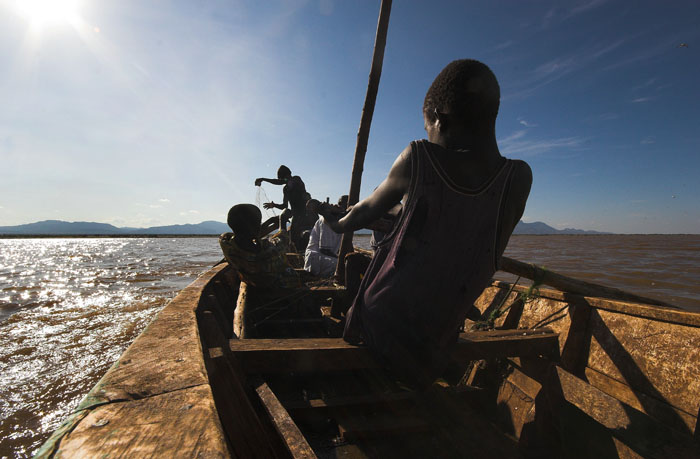 pull - fishermen on lake turkana