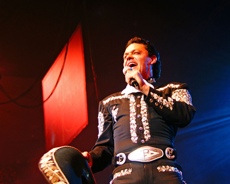 Pedro Fernández - 17.jpg