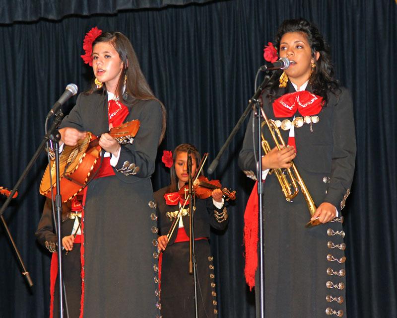 Mariachi Los Reyes de Hanford - 08
