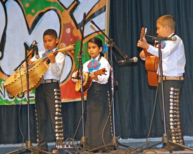 Mariachi Infantil Mestizo - 2009 - 05