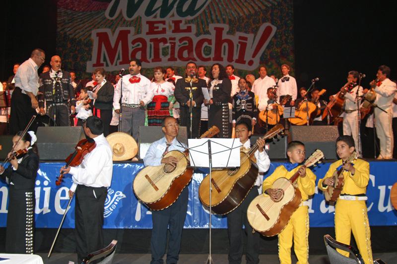 Mariachi Students-10.jpg