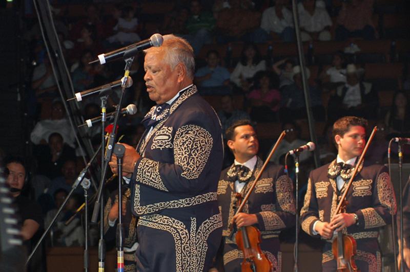 Los Camperos de Nati Cano-08.jpg