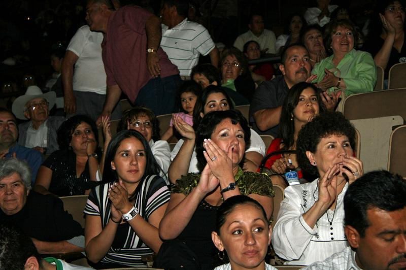 Mariachi Fans-CR-04.jpg