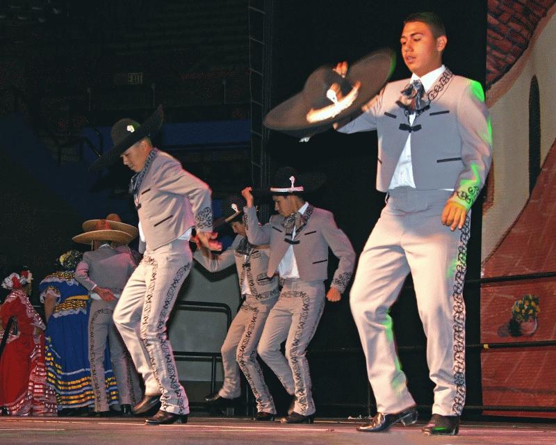 Folklorico 2008-11.jpg
