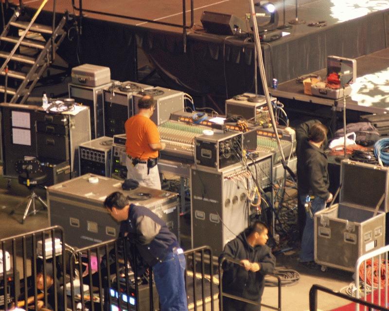 Tech Crew 2008-05.jpg