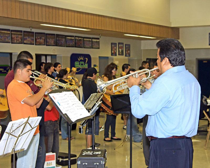 Mariachi Workshops 2008-128.jpg