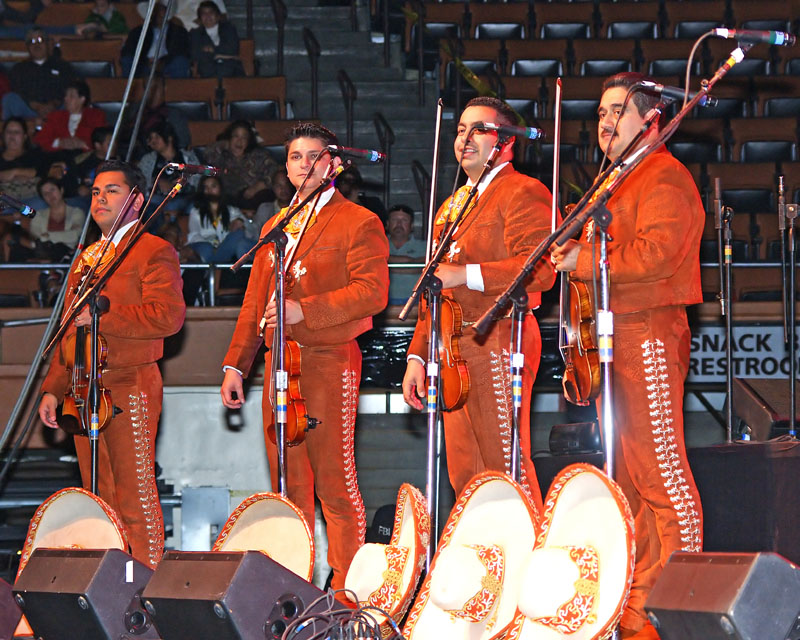Mariachi Los Camperos 2008-11.jpg