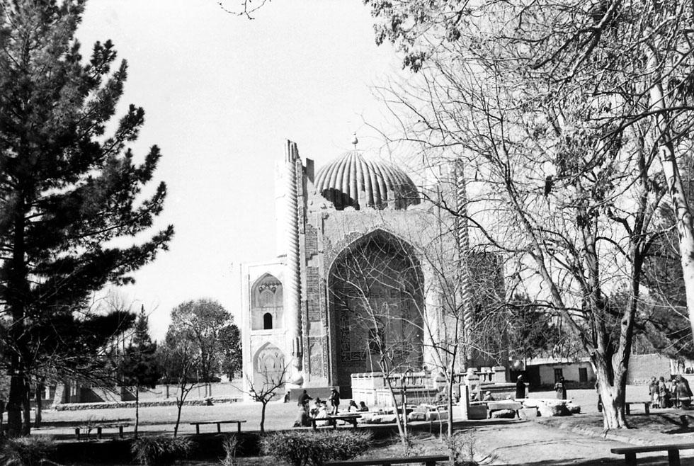 Shrine of Khvajeh Abu Nasr Parsa