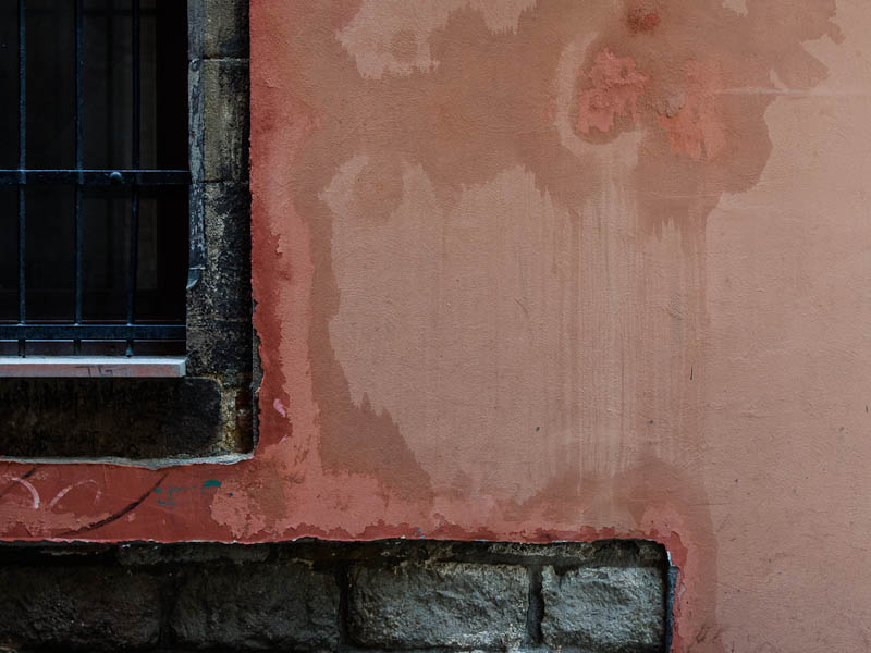 Wet wall - by endika
