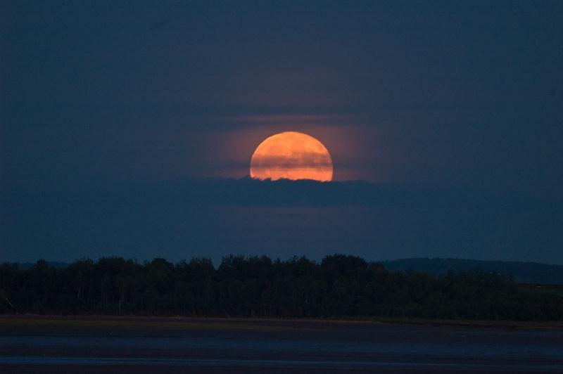 Minas Basin moonrise