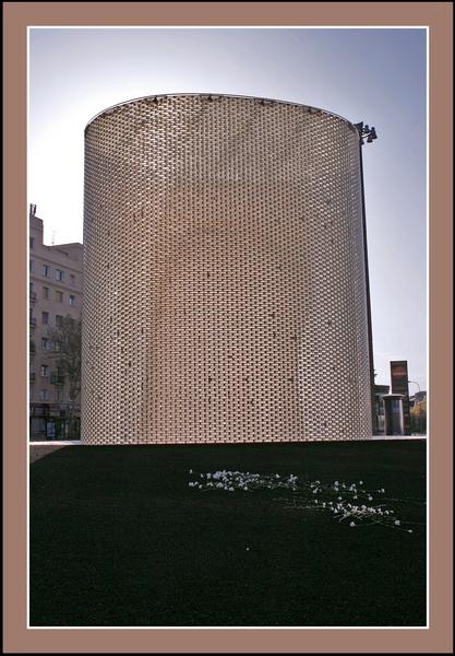 01 Monumento