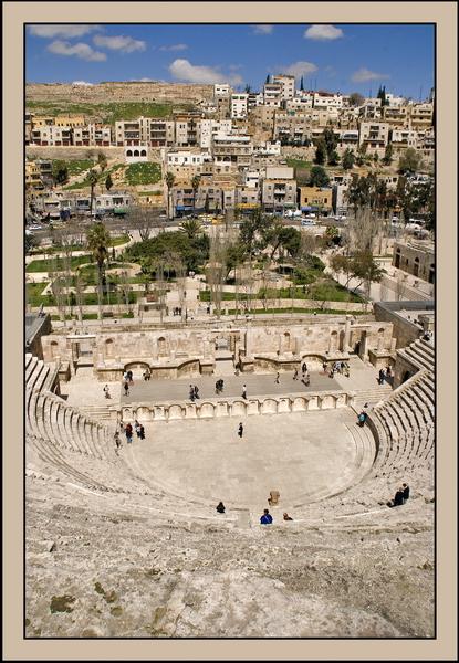 020 Teatro romano 1.jpg