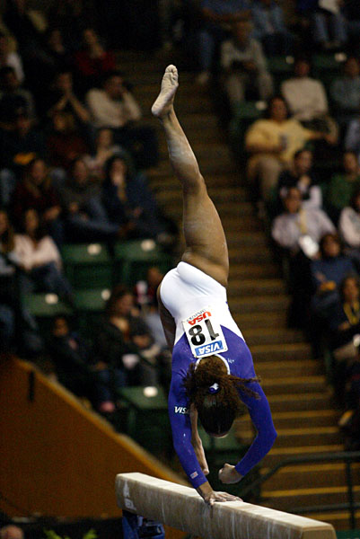 140096va_gymnastics.jpg