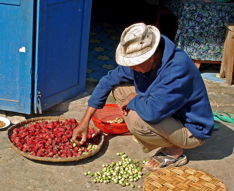Picking thru fruit