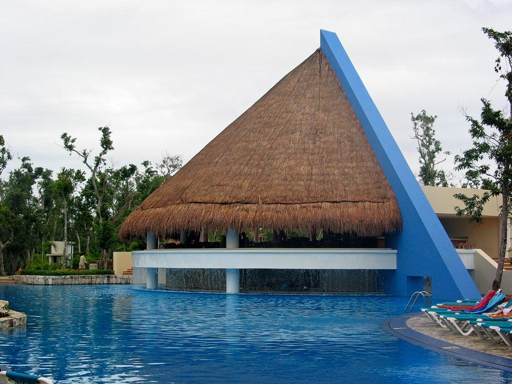 The Swim Up Bar, Occidental Grand Xcaret, Xcaret, Mexico