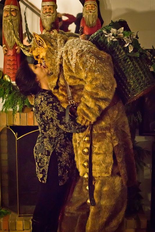 I Saw Mommy Kissing Krampus