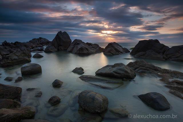 Ponta-das-Campanhas-Praia-Armacao-Florianopolis-120424-0646.jpg