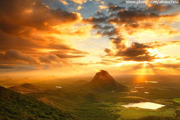 Nascer do sol visto da Serra do Urucum, Quixadá, Ceará 3631 2