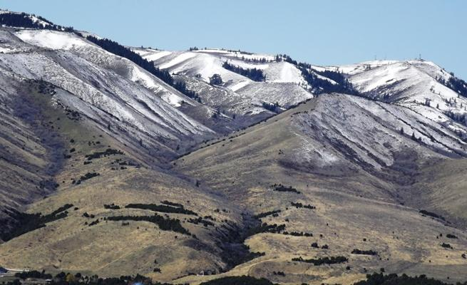 Toward Kinport Peak from Barton Road
