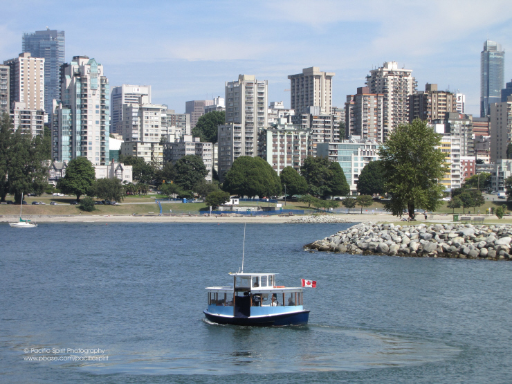 An Aquabus leaving Elsje Point, English Bay