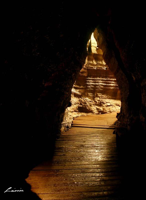 Bonnechere Caves 7423 light painting