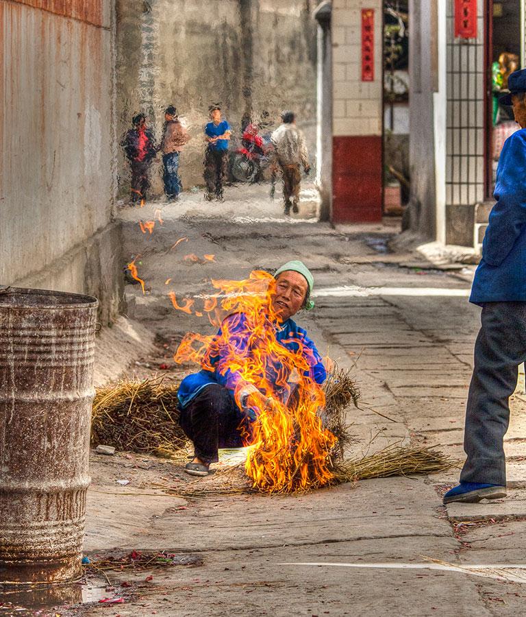 Early morning burning of rice stalks.  IMG_5698_t2.jpg