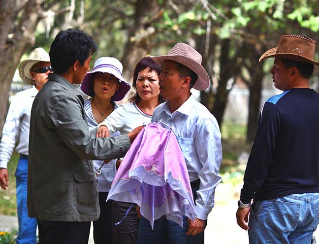 4. Assault on a Tibetan employee at the Summer Palace, Lhasa Tibet.