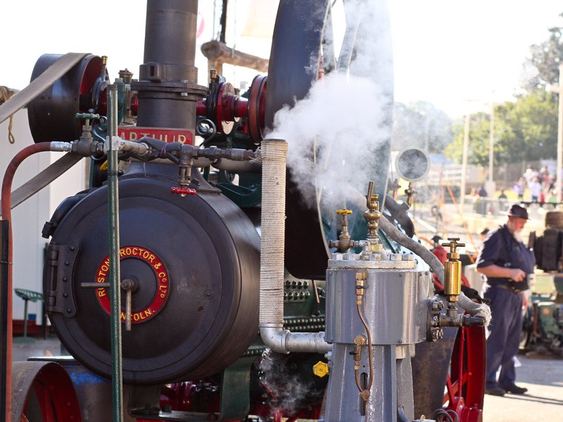 Farm steam engine