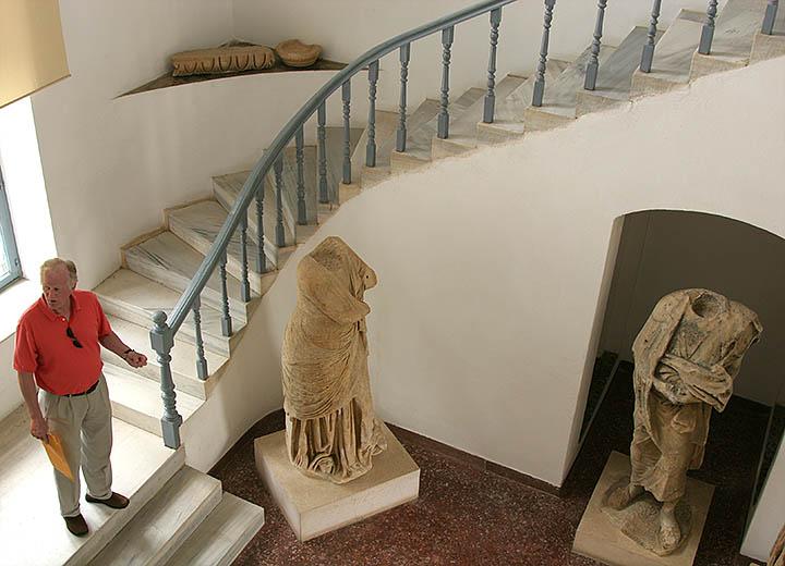 Lobby Samos Museum.jpg