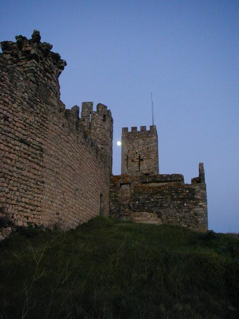 03-01-16 Castle at