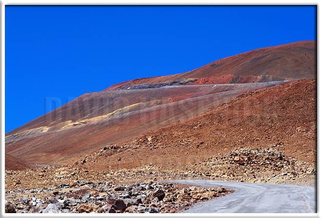Mauna Kea - Road to the Top