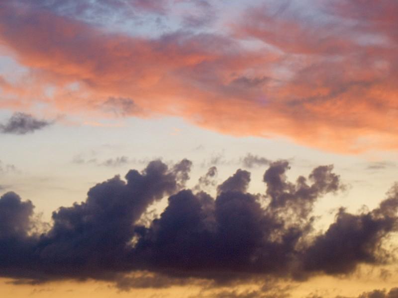 2009-08-21 Clouds