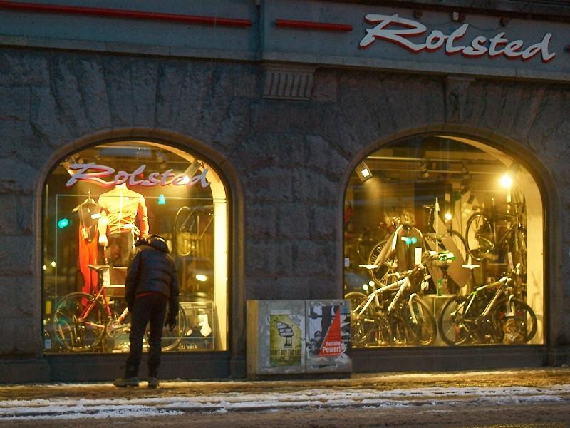 2010-01-06 Bike shop