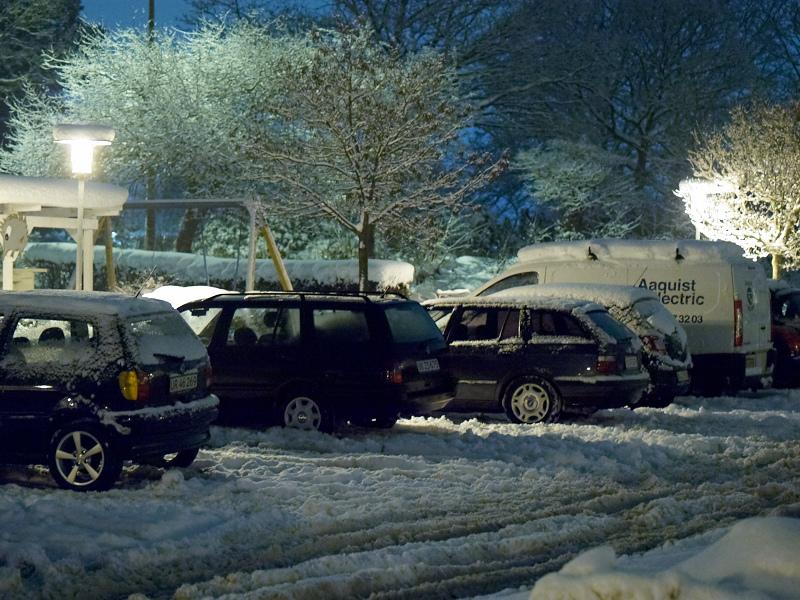 2010-12-05 Cars in snow