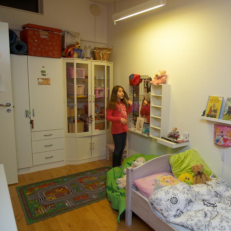 2011-01-23 Nicole in her room
