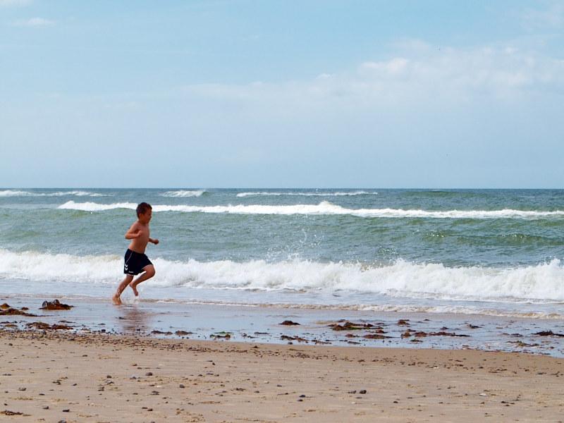 2011-07-13 Running at the beach