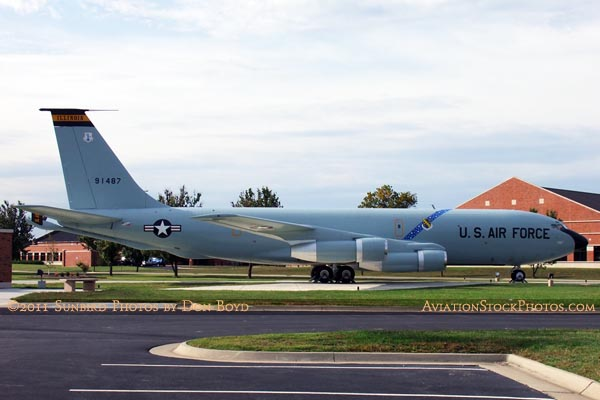 USAF Boeing KC-135A-BN Stratotanker #59-1487 at Scott AFB aviation stock photo #0656