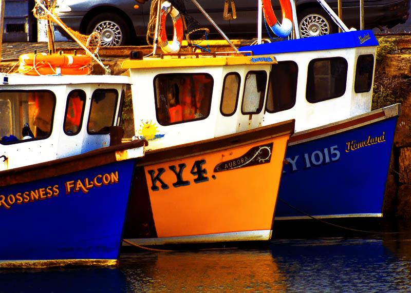 875. Three boats