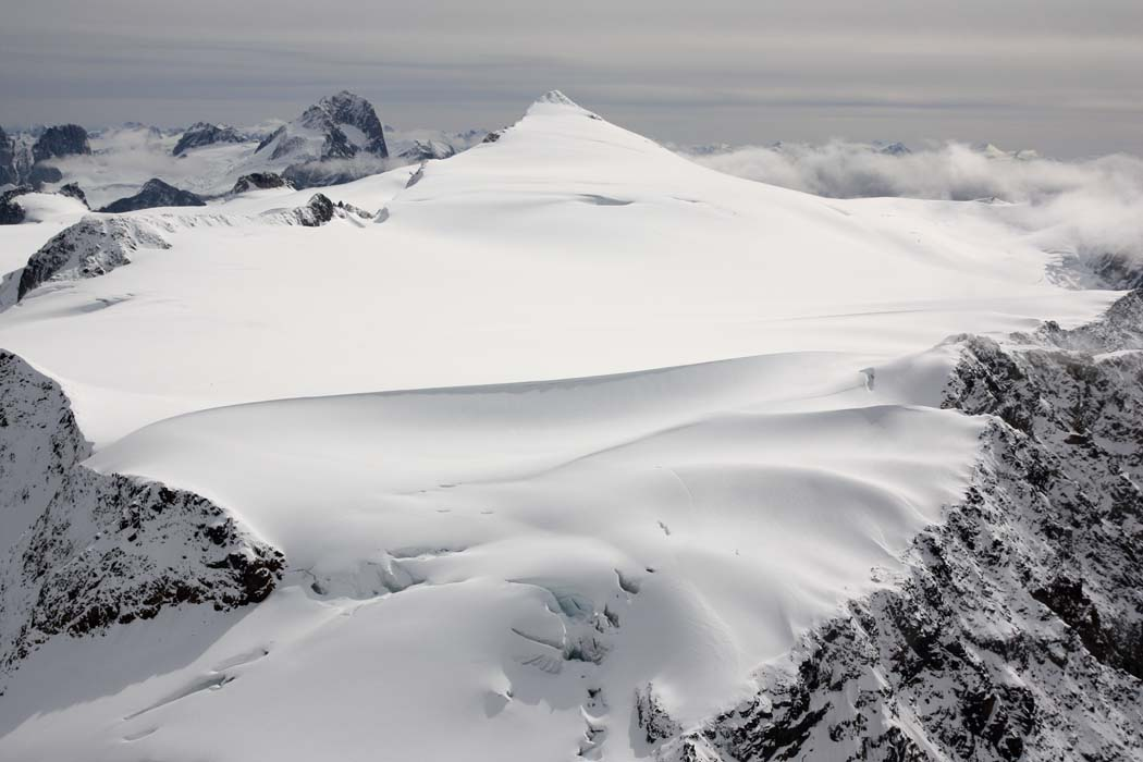 Conrad & Upper Conrad Icefield <br> (Bugaboos090808-_271.jpg)
