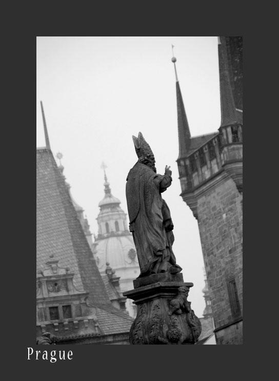 005 Prague - Charles Bridge_D2B4211-bw.jpg