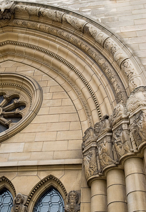 2664 - Luxembourg Cathedral Entrance.jpg
