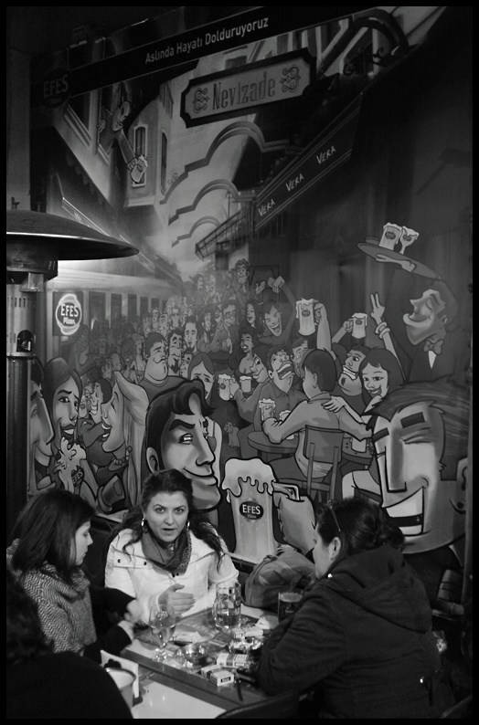 Threes a Crowd - Taksim