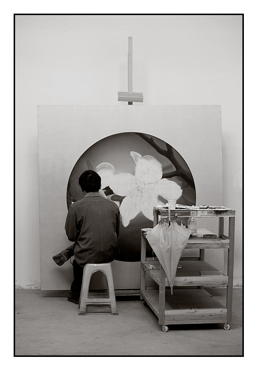 The Black and White Painter