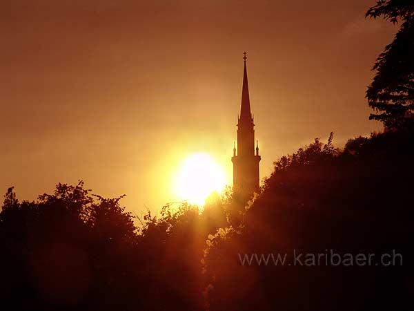 Kirchturm am Abend (09052)