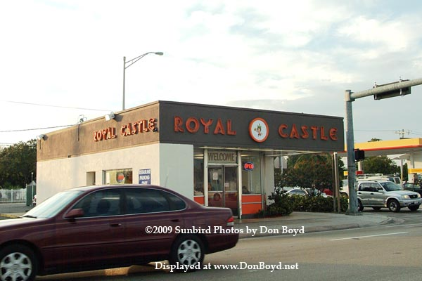 2009 - the newly reopened Arnolds Royal Castle at 12490 NW 7th Avenue, North Miami