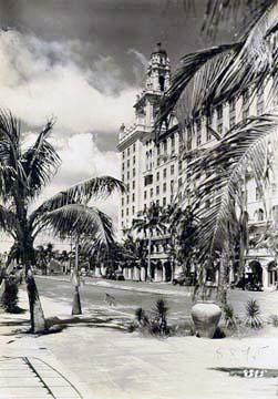 1920s - The Roney Plaza Hotel on Miami Beach