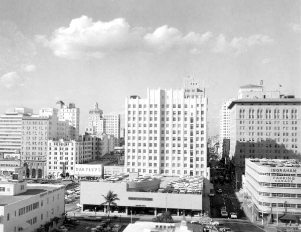 1962 - Downtown Miami from Dupont Plaza