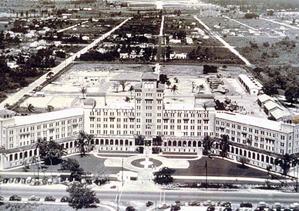 1940s & 50s - The Aviation Building, formerly the Fritz Hotel, home of National Airlines and Embry-Riddle School of Aviation