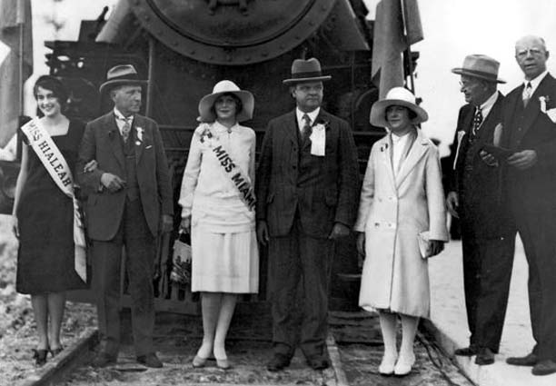 1927 - First arrival of the Seaboard Air Line Railway Companys Orange Blossom Special locomotive