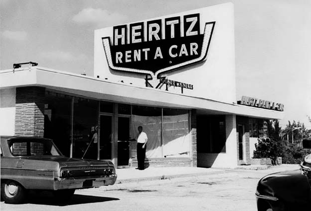 1964 - Hertz Rent a Car on Collins Avenue (A1A), Sunny Isles
